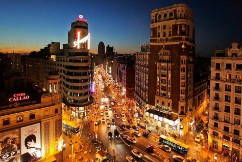 ¡Vamos-de-fiesta-Spains-Top-5-Party-Cities-imagen-by-deux-ex-maquina