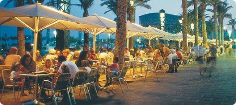 spain-barcelona-night-life